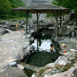 湯原温泉 砂湯(岡山県)